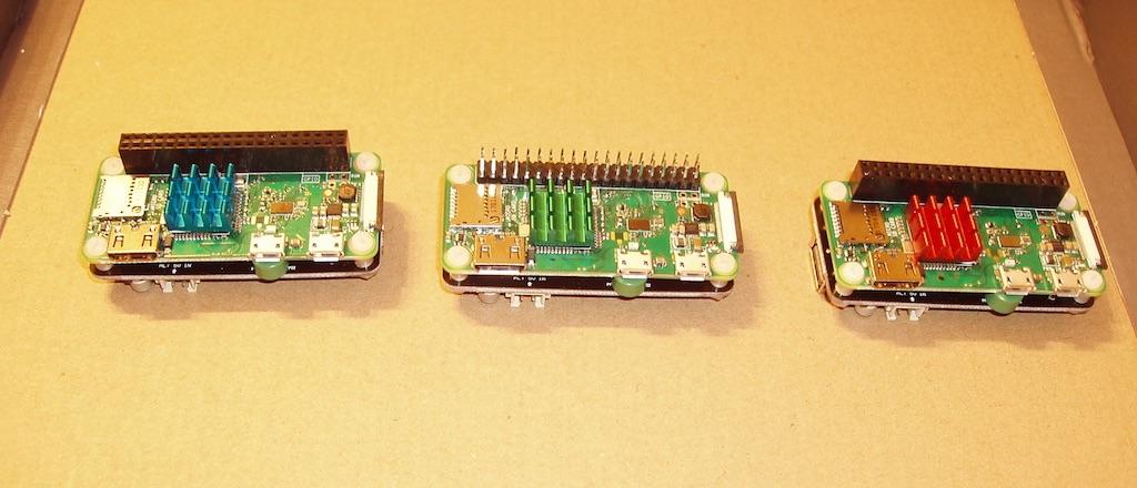 Cei trei crai sunt gata. Interfața GPIO este cositorită și hubul USB este conectat.